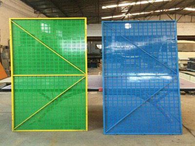 怎么设计铝板爬架网的预留预埋
